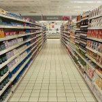 スーパーのレジ近くに売っているお菓子を見て…